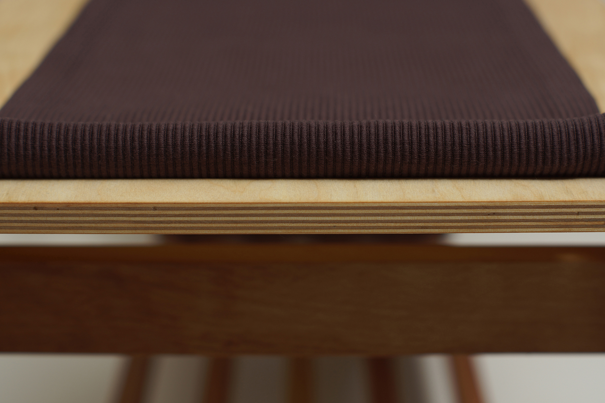 Dezső Ilona - Download Design - Bench with hanger 02.jpg