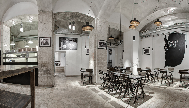 Publikus restaurant - Minusplus 01.jpg