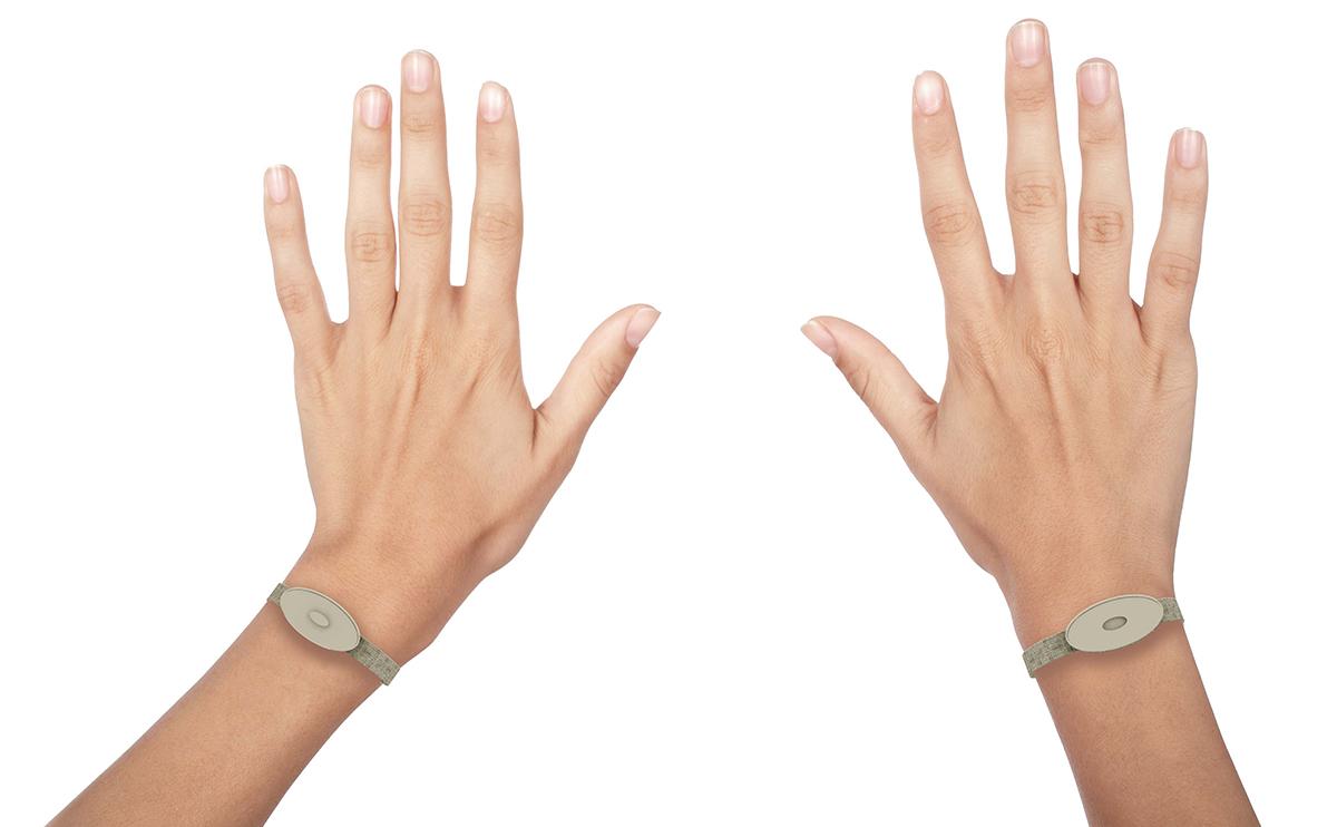 konnect_kezes.jpg