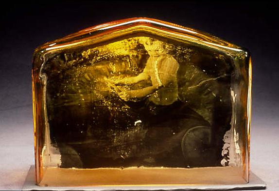 blown-glass-pedal-car-theresa-batty.jpg