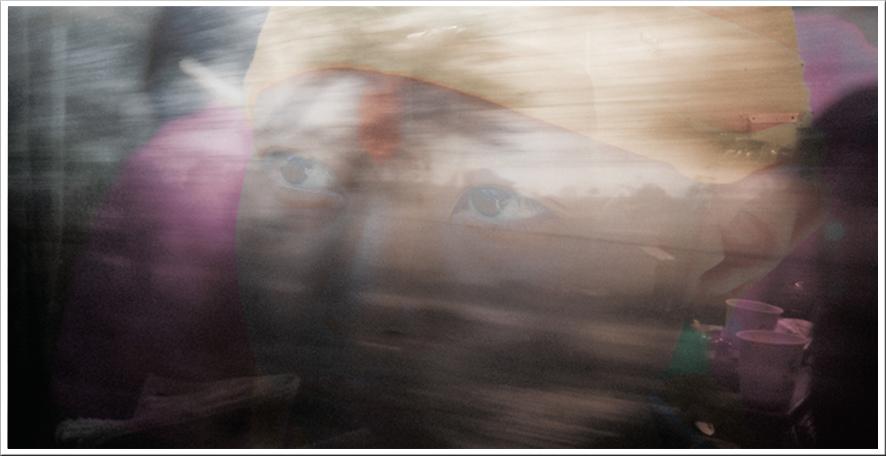 66_train-pictures-delhi-jaipur-long-format-people-01.jpg