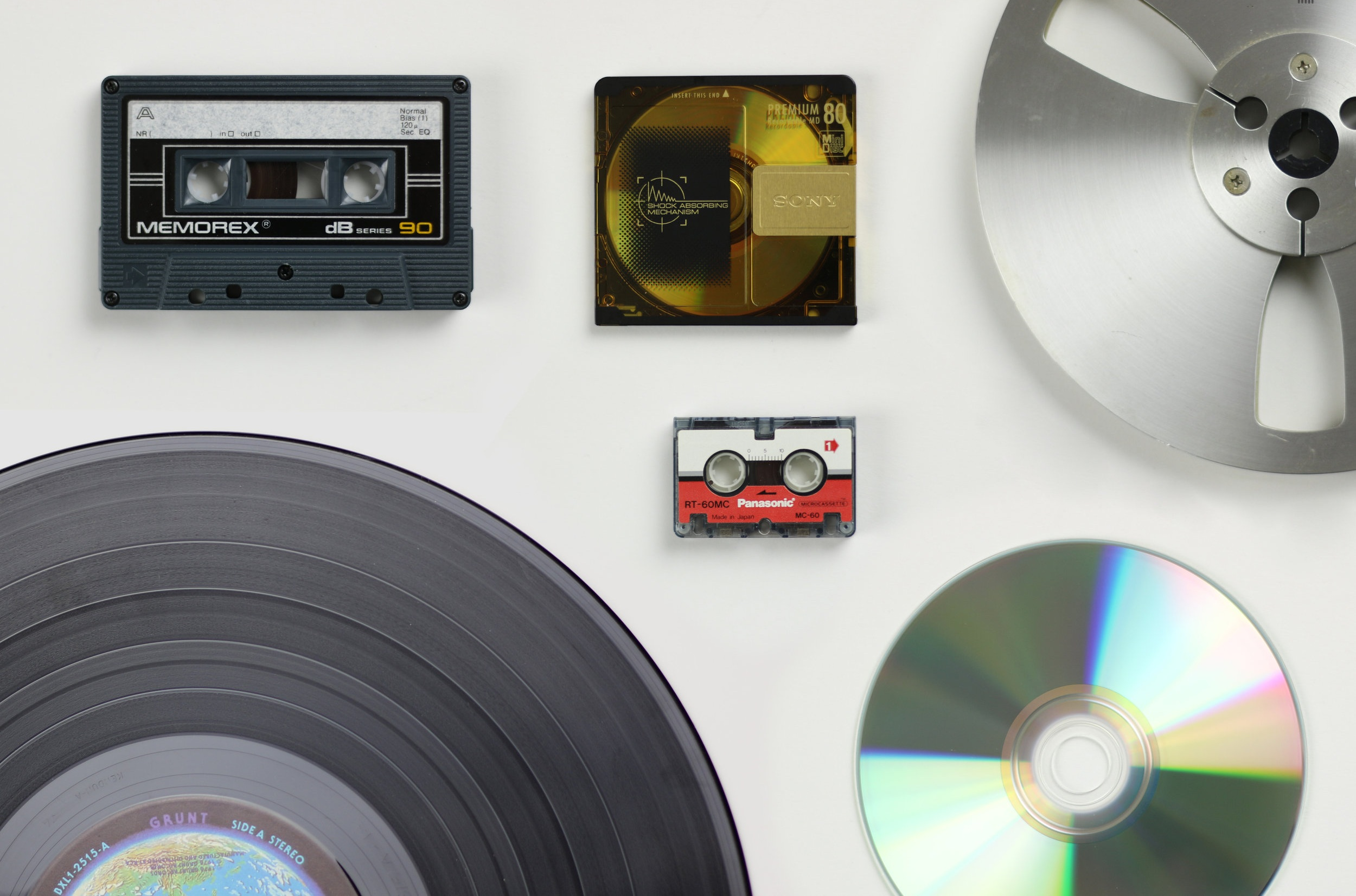 What Do We Transfer? - CASSETTE, MINI DISC, REEL TO REEL, MICRO-CASSETTE, RECORD, CD, 8 TRACK, AND MORE.You can bring or send in your audio to us to transfer. We can transfer your audio to CD or Flash Drive. If you would like to send us your audio you can follow our video tutorial using the link bellow or contact us directly.