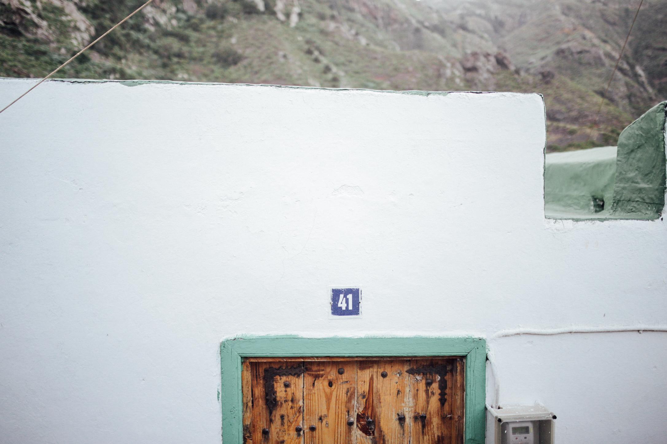 Detalle de una fachada en Afur // Detail of a facade in Afur