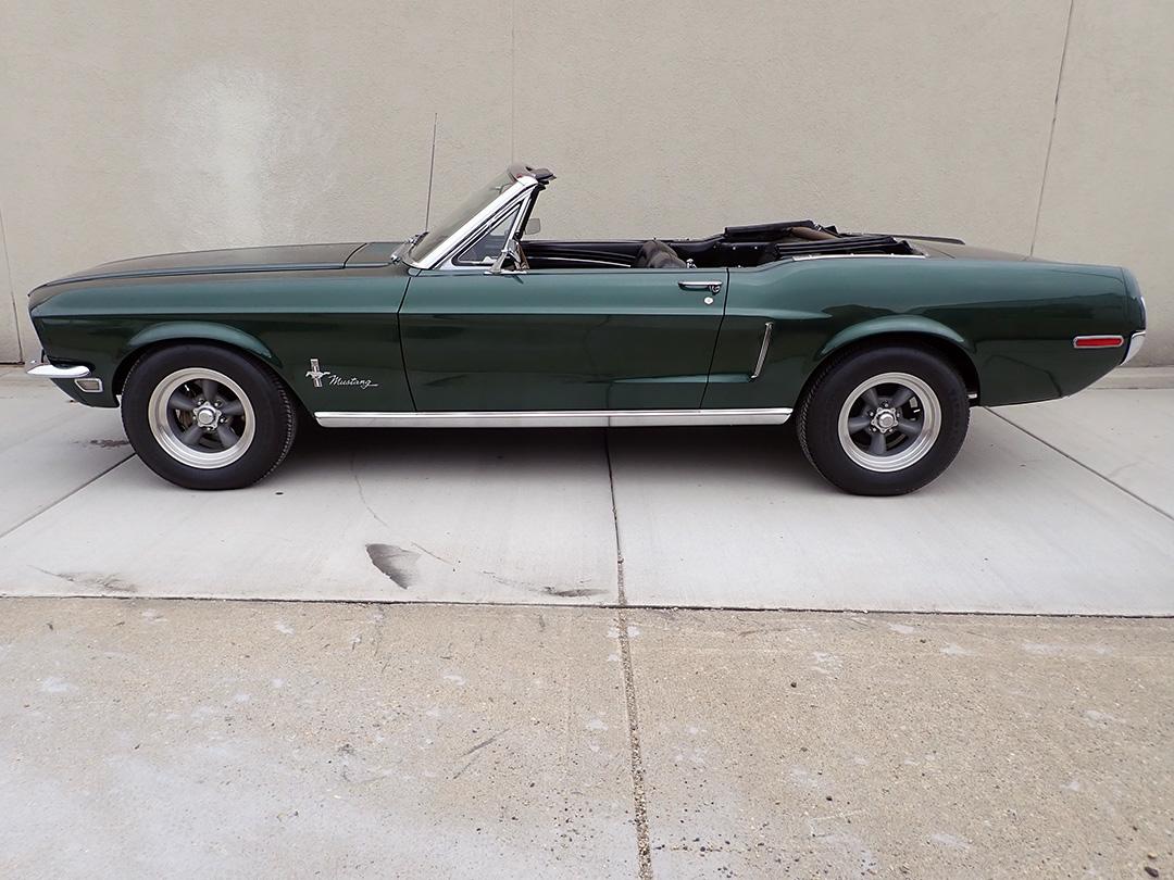 2 1968 Ford Mustang Conv LP.jpg