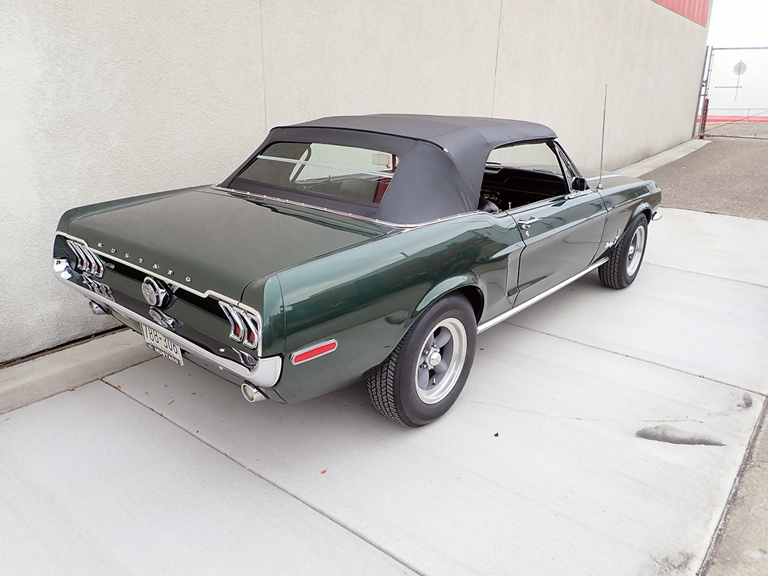 5 1968 Ford Mustang Conv LP.jpg