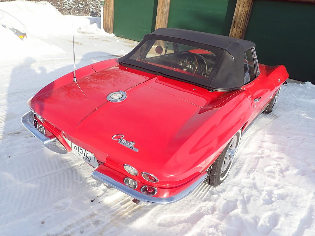 5 1965 Chevrolet Corvette Curry.jpg