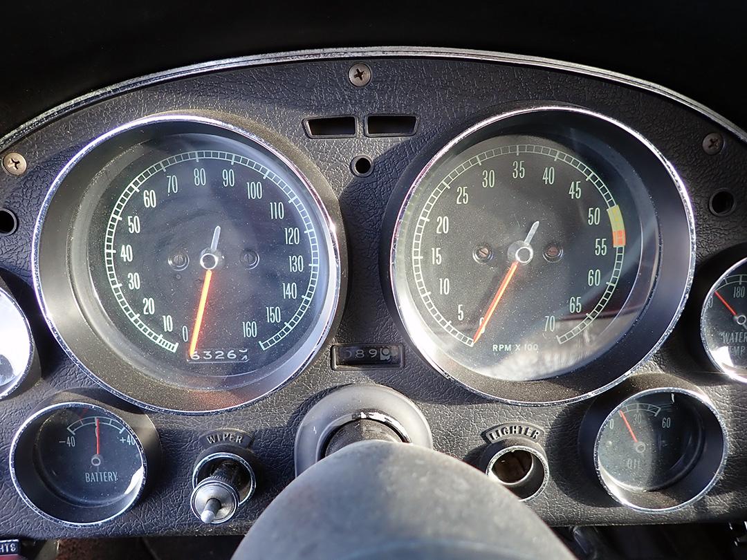 10 1965 Chevrolet Corvette Curry.jpg