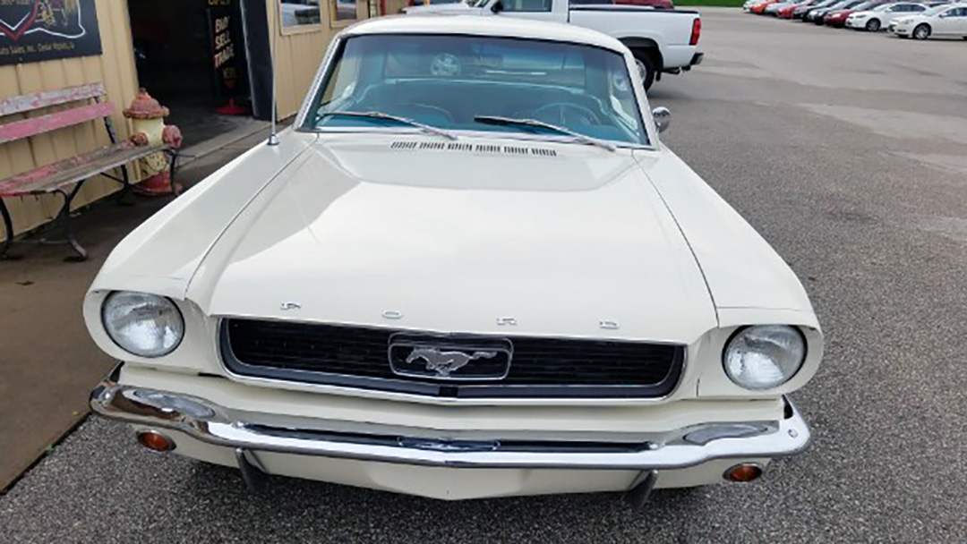 8 1966 Ford Mustang Coupe.jpg