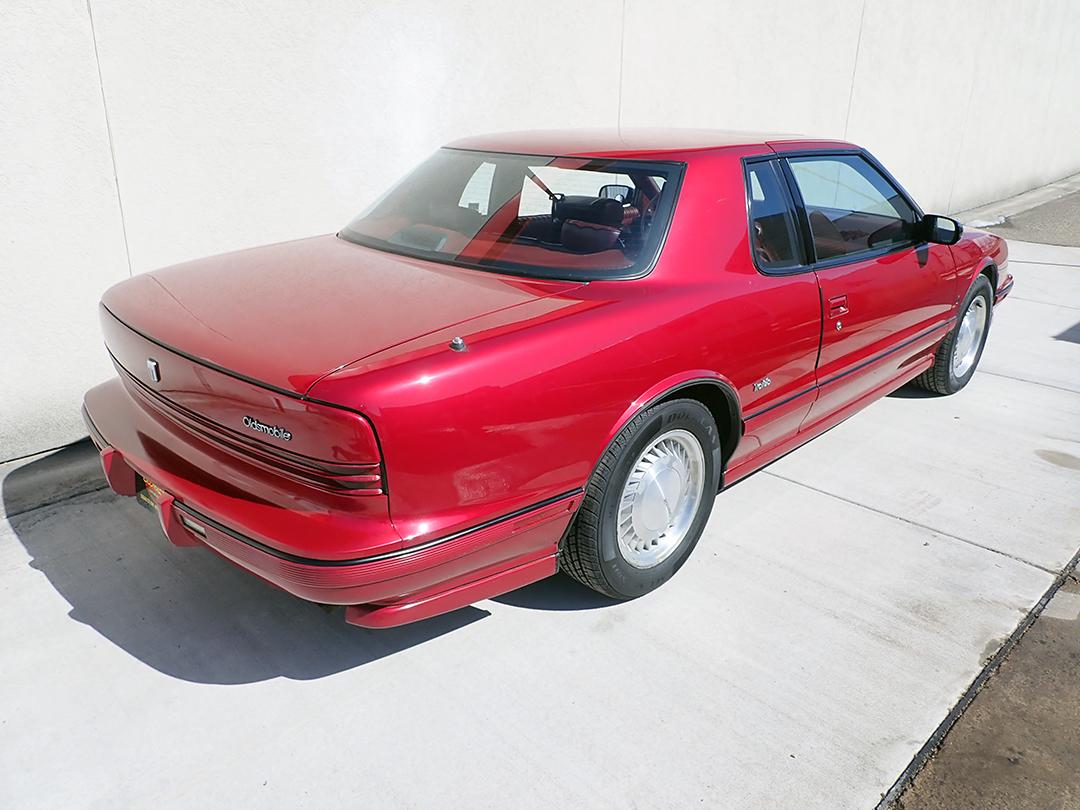 5 1990 Olds Toro STP.jpg