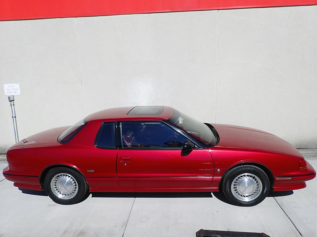 6 1990 Olds Toro STP.jpg