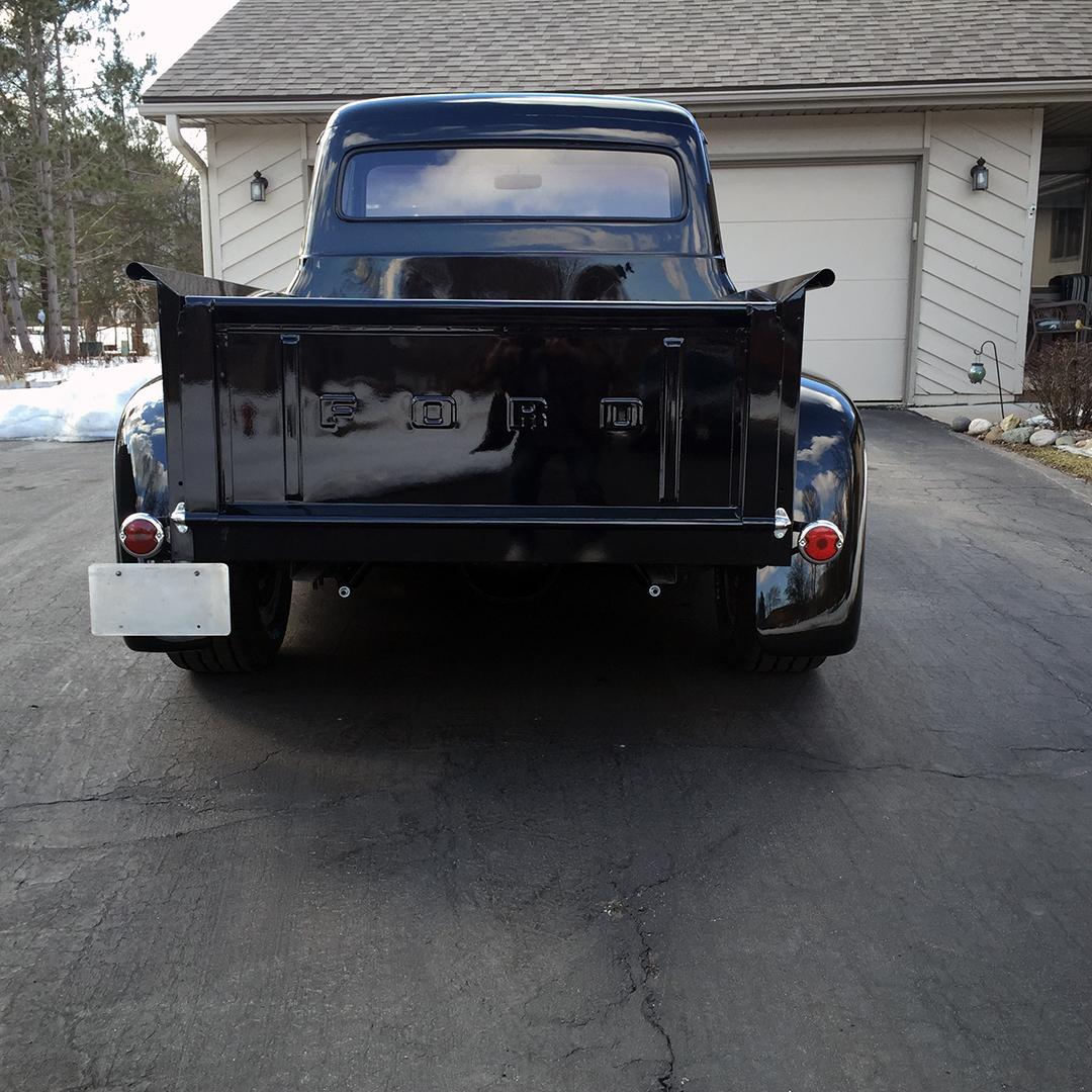 4 1954 Ford F100 Urness.jpg
