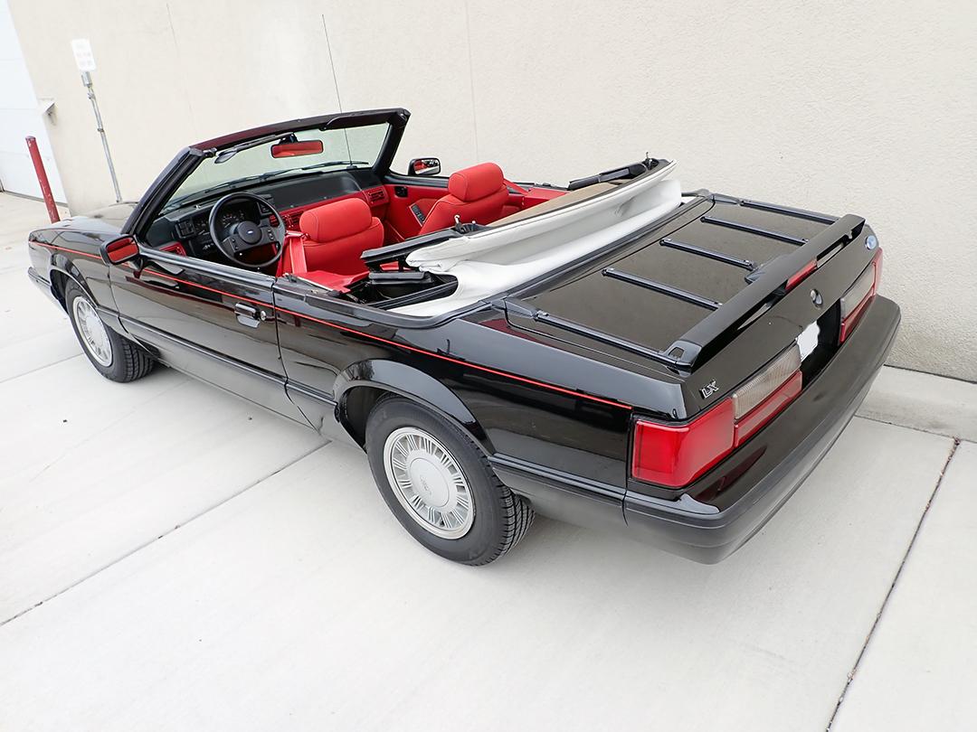 3 1988 Ford Mustang Conv STPC.jpg