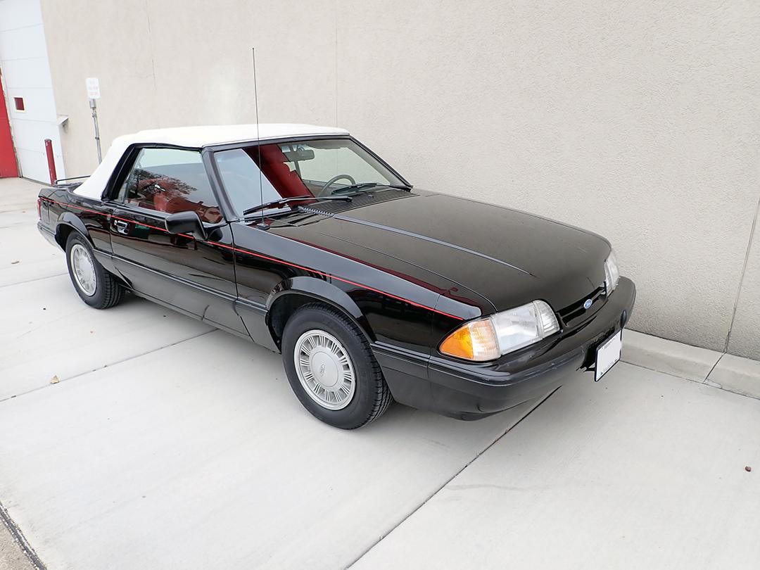7 1988 Ford Mustang Conv STPC.jpg