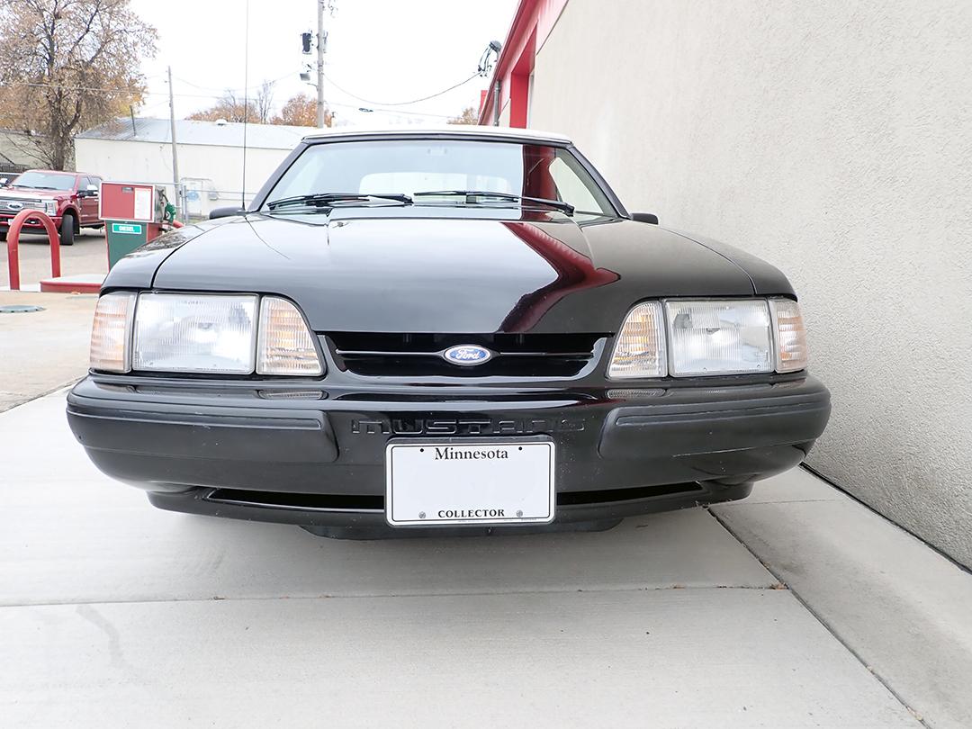 8 1988 Ford Mustang Conv STPC.jpg