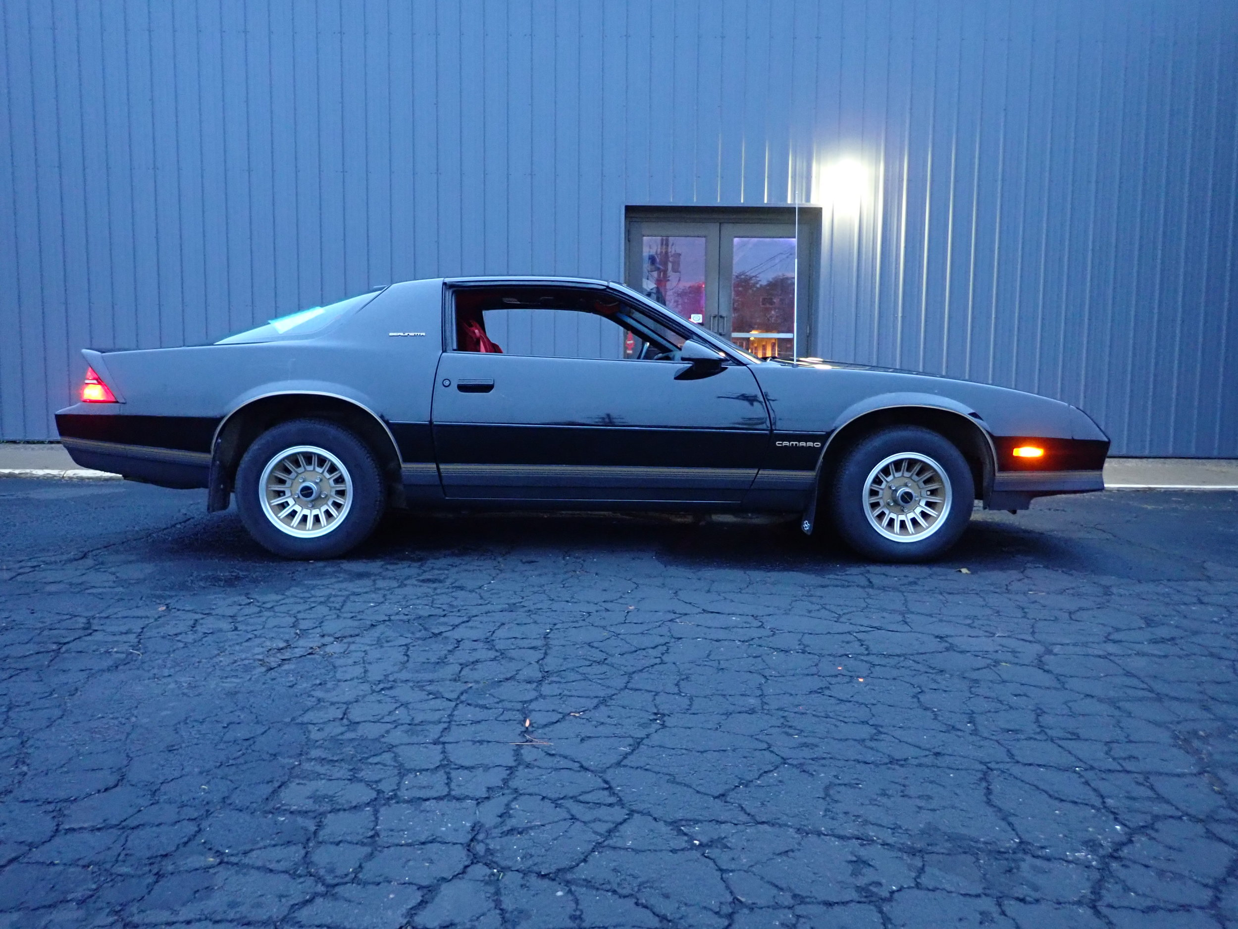 6 1986 Chevrolet Camaro Berlinetta Wherz F28.JPG