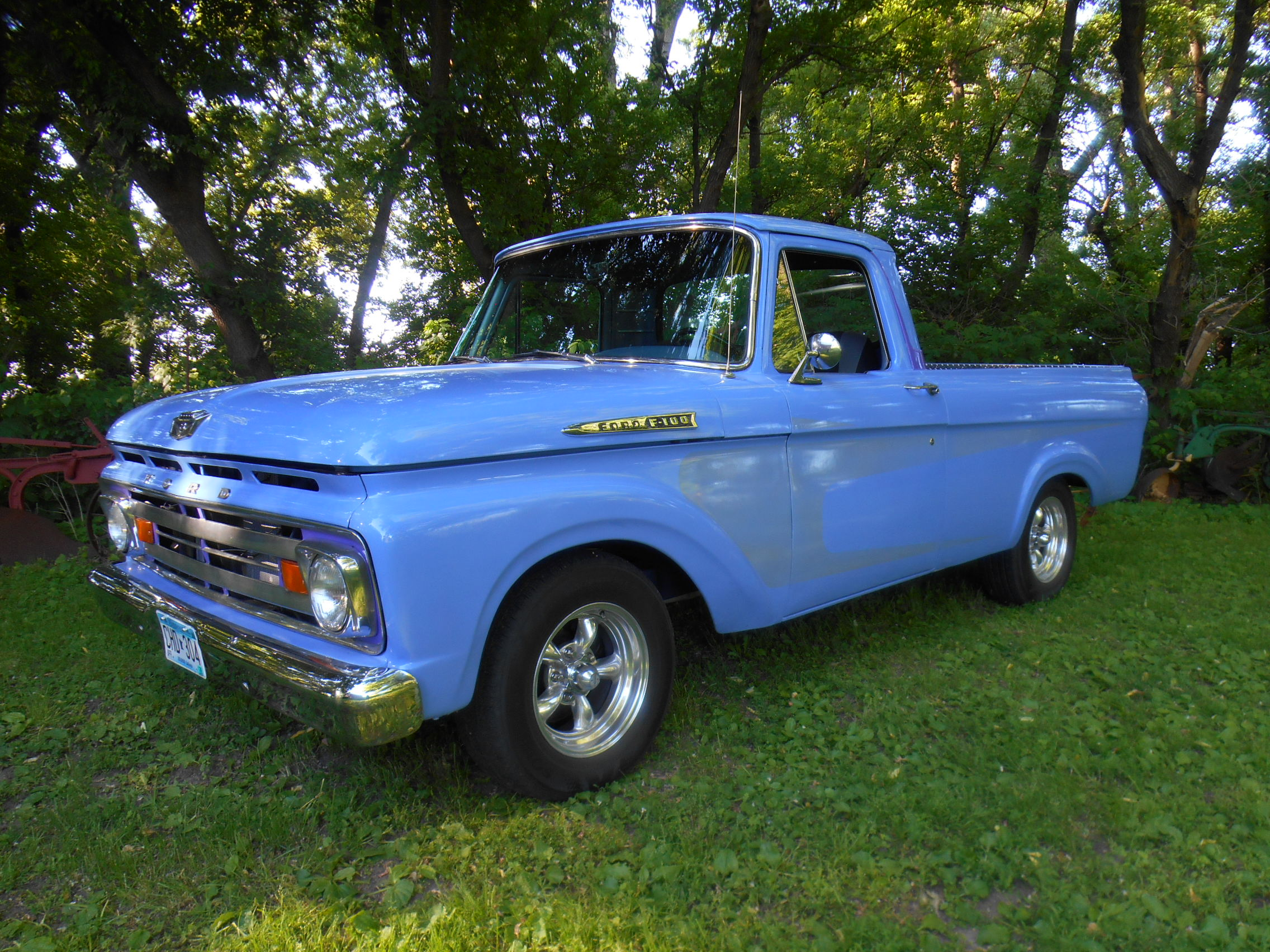 98 chevy 2500 and 62 ford f-100 for sale 015.jpg