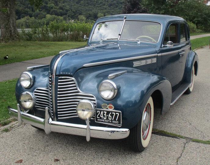 1940 Buick.jpg