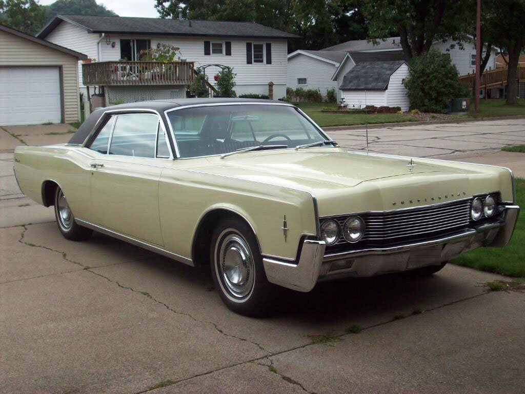 1966LincolnCont1.jpg