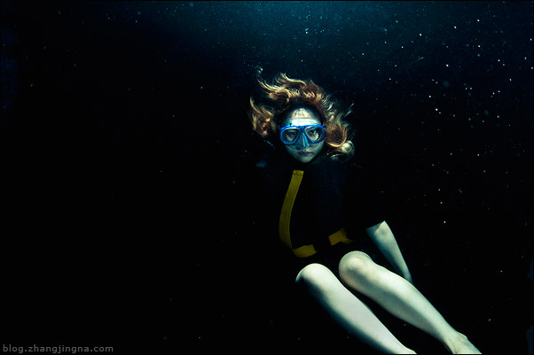 Underwater-Model-Photoshoot-Behind-the-Scenes-zemotion-Zhang-Jingna5.jpg