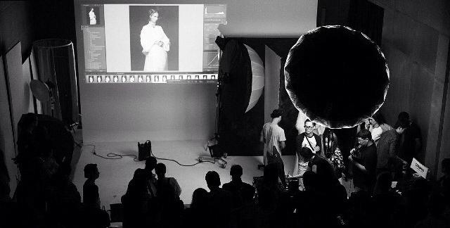 Jingna Zhang Photography Workshop Demo Behind-the-Scenes lighting2.jpg