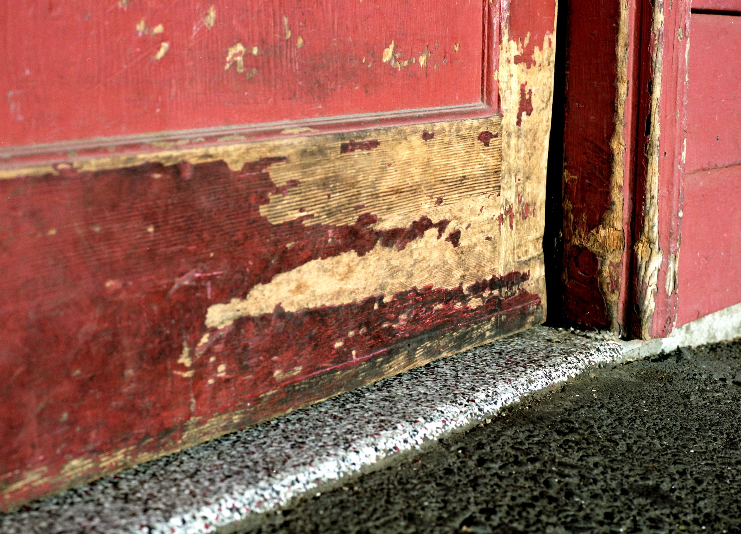 ENUM MF Charlies Door Bottom med.jpg