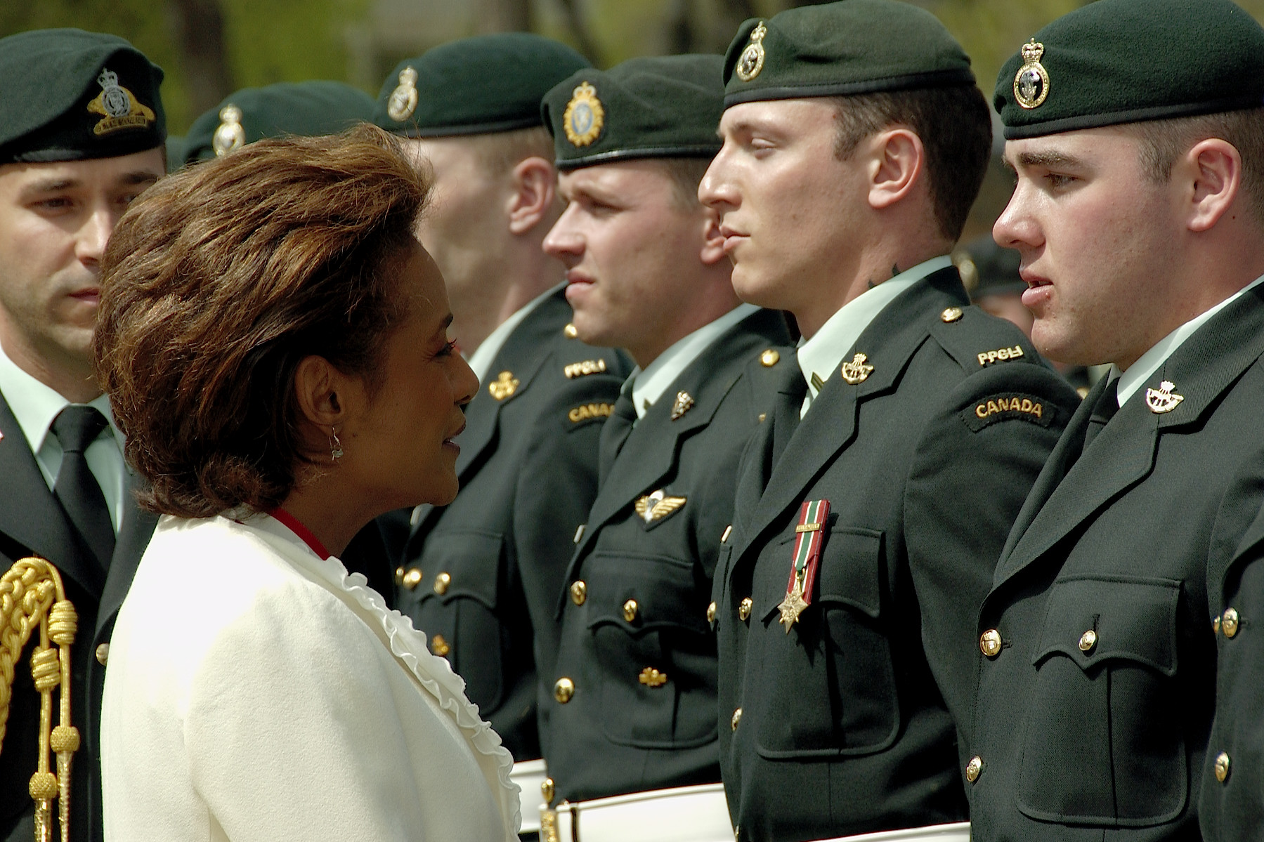 Edmonton, May 2006. On official visit in Alberta.  photo : Rideau Hall.