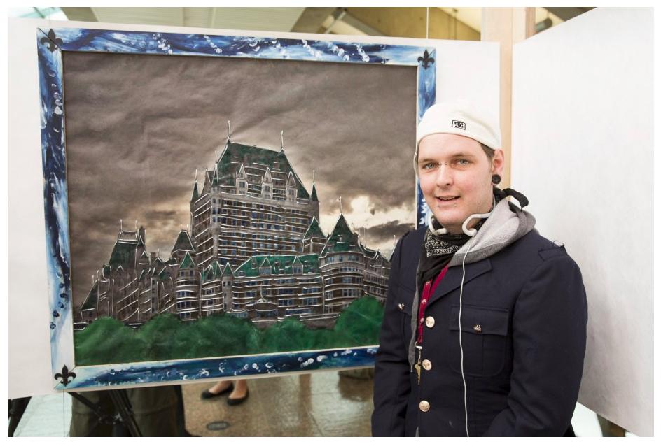 Jasen Gagné in front of his piece Jadis hier_Jasen. Credit: ICÔNE, STÉPHANE AUDET