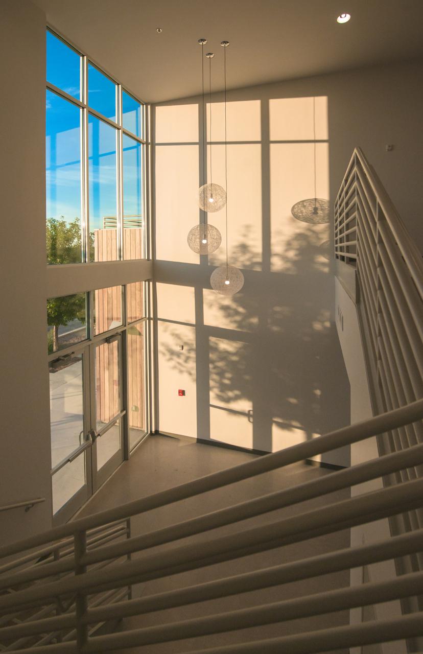 10 - Lobby Stair.jpg
