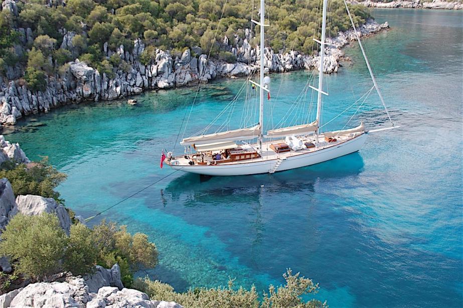 Yacht 2.jpg