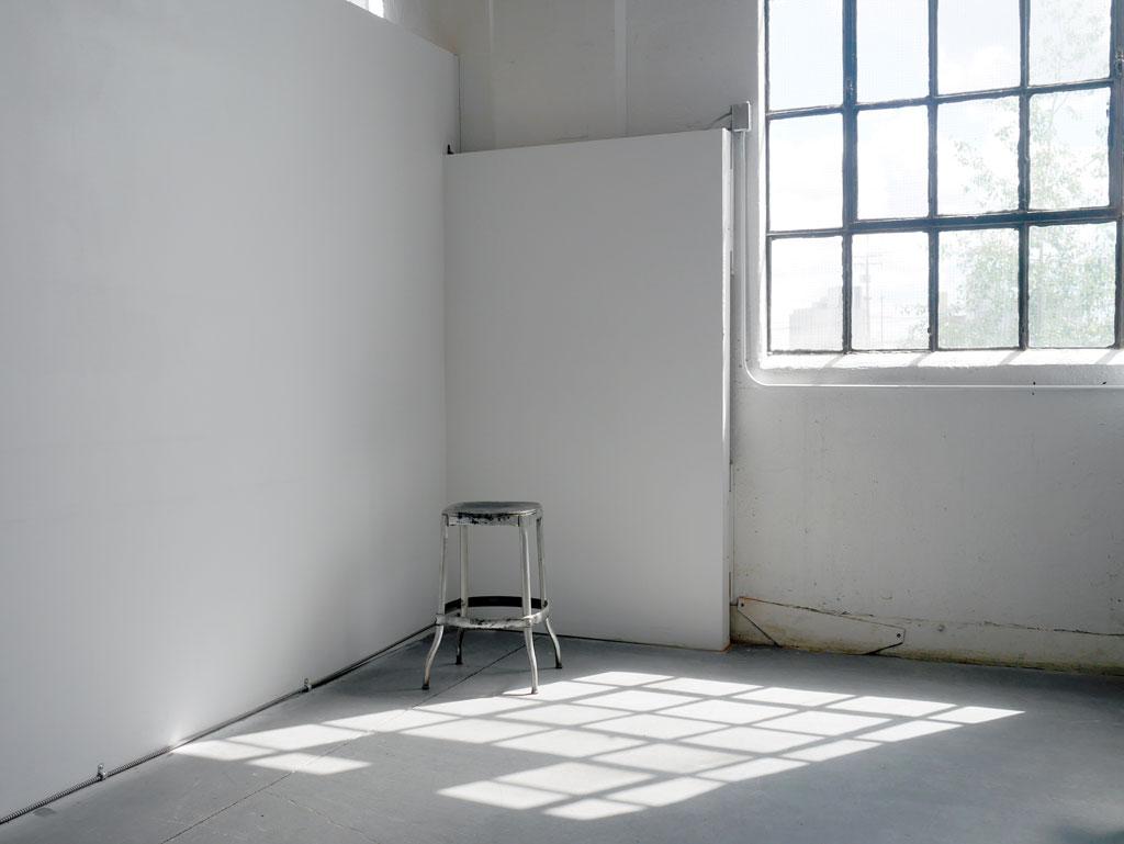 photo-rental-studio-at-workshop.jpg