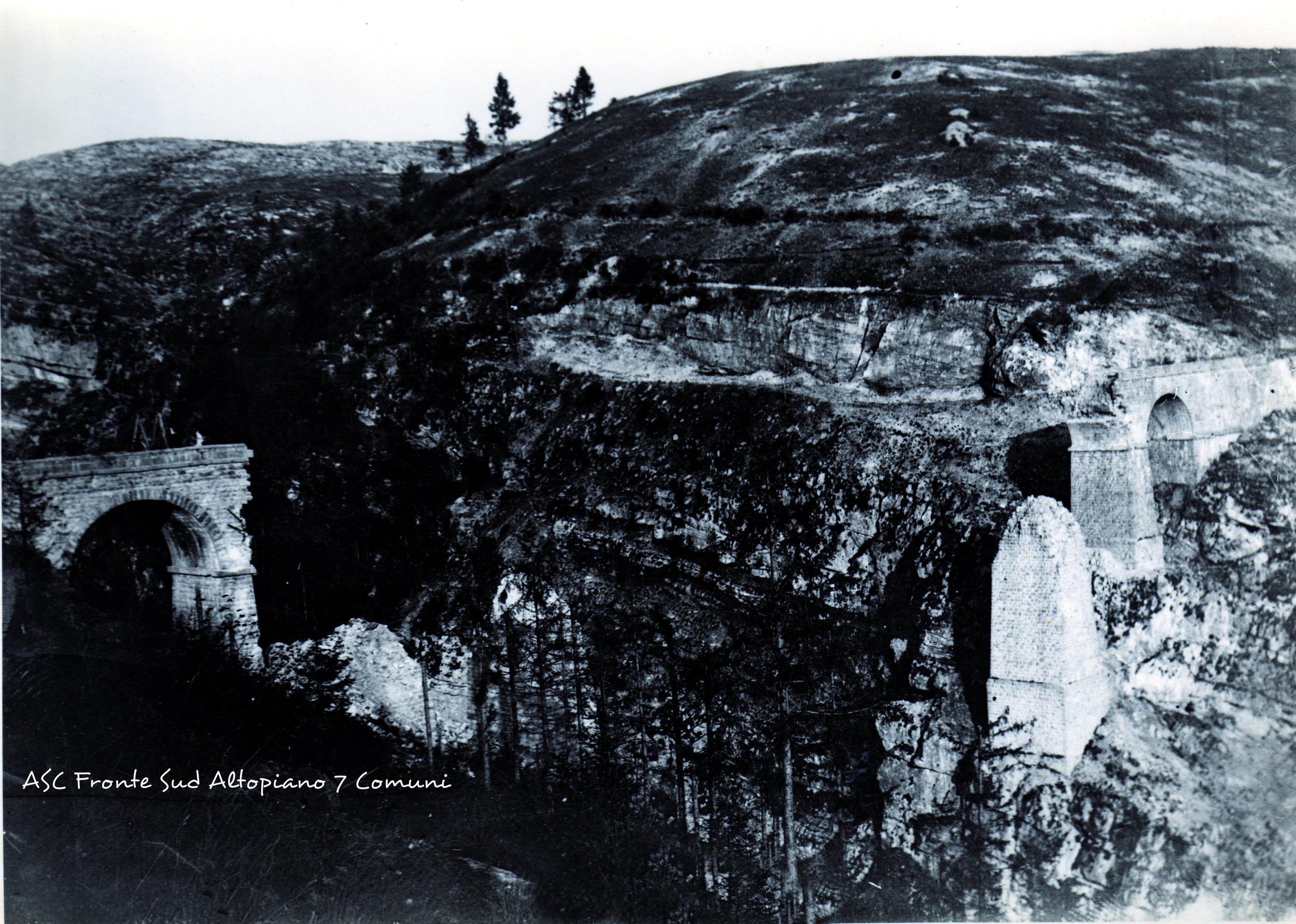 1659) - 1916 - Ponte sulla Val D'Assa fatto saltare dai nost.jpg