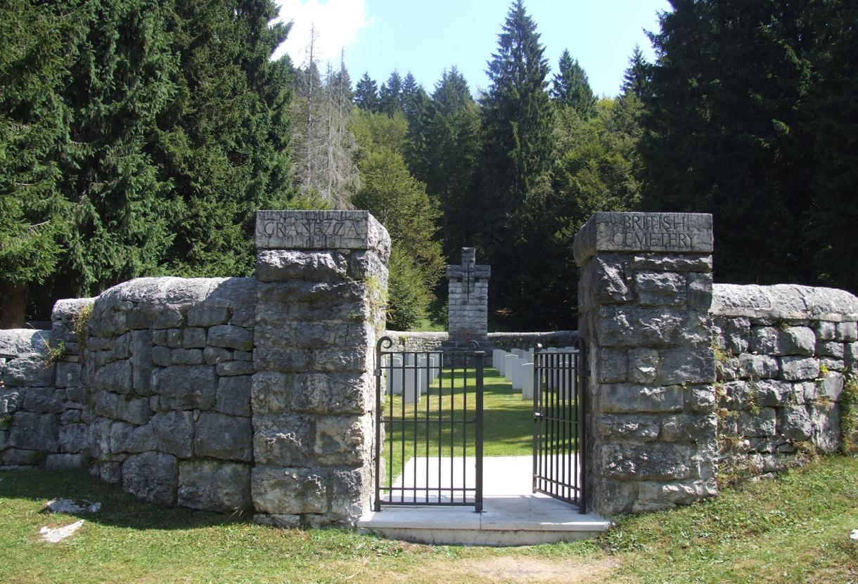 10 - Cimitero Britannico di Granezza.JPG