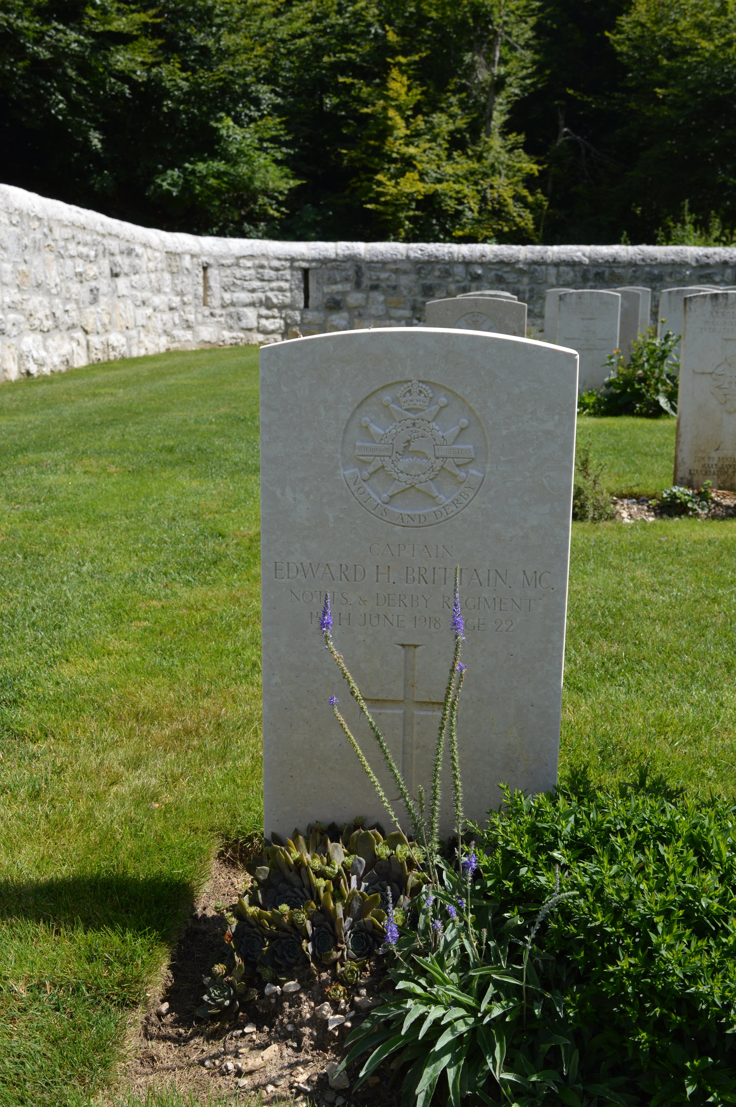 La tomba del Cap. Edward Brittain in una foto di Stefano Aluisini