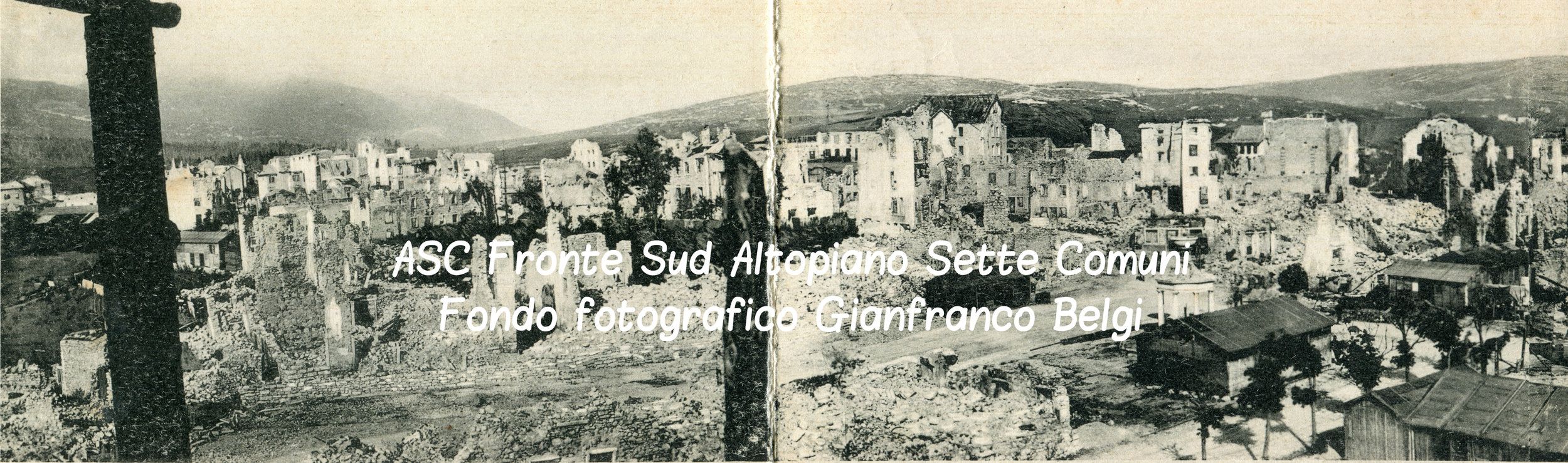 Uno scorcio del centro di Asiago distrutto alla fine del primo conflitto mondiale