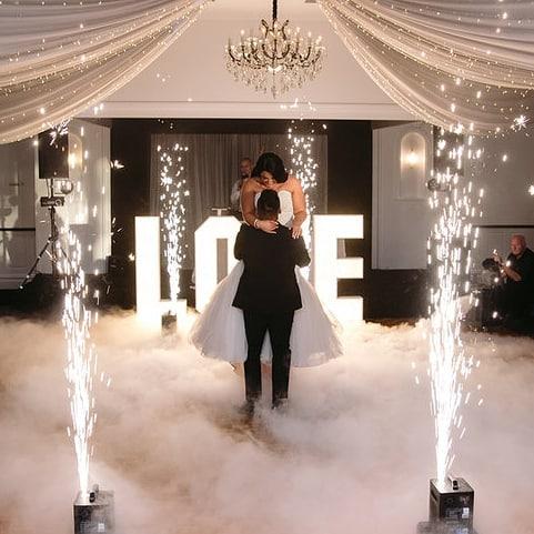Epic is the only word to best describe the first dance of Alyshia & Sam at @linleyestate . . . #wedding #jessicaprinceweddings #jessicaprincephotography #jessicaprince #weddingday #photographer #weddingphotographer #weddingphotography #weddinginspo #weddingsofinstagram #weddingphotos #bridalportraits #yarravalleyweddings #linleyestatewedding #groom #bride #photobugcommunity #wedphotoinspiration #loveauthentic #momentslikethese #toastmagazine #toastcommunity #toastweddings #hellomay #polkadotbride #firstdance #huffpostido #epicfireworks #firstdanceashusbandandwife