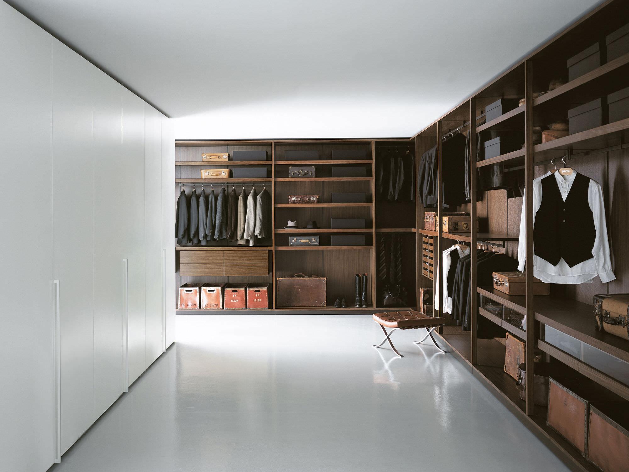 cabine-armadio-legno-piero-lissoni-49622-5729059.jpg