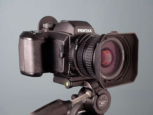 Pentax 645NII with Pentax 67 45mm f/4 lens  Copyright © 2014 Gonçalo Martins