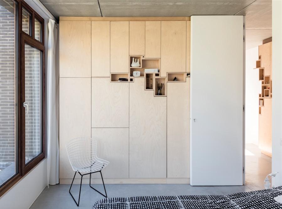 © Design Filip Janssens - Custom made cabinet bed room