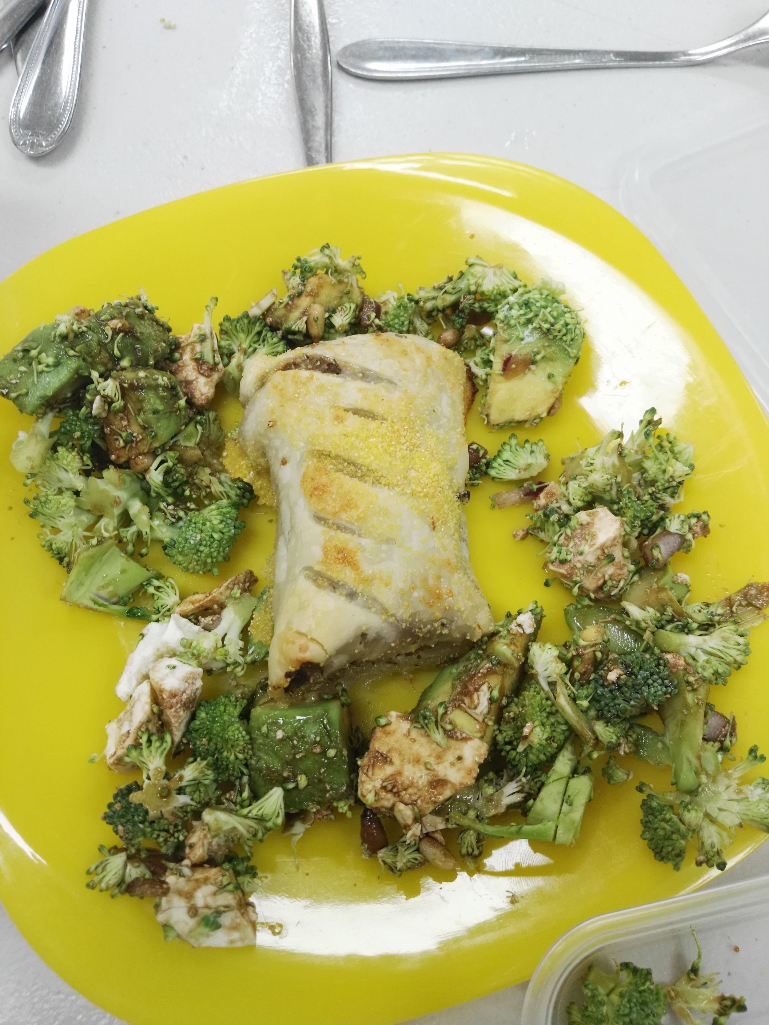 vegetariansausage rolls.jpg