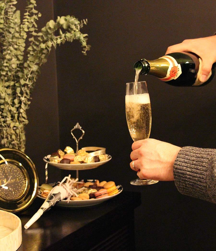 champagne-flutes-home-celebration.jpg