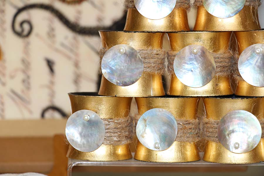 Gold leaf and mother of pearl napkin rings -  DEDALO