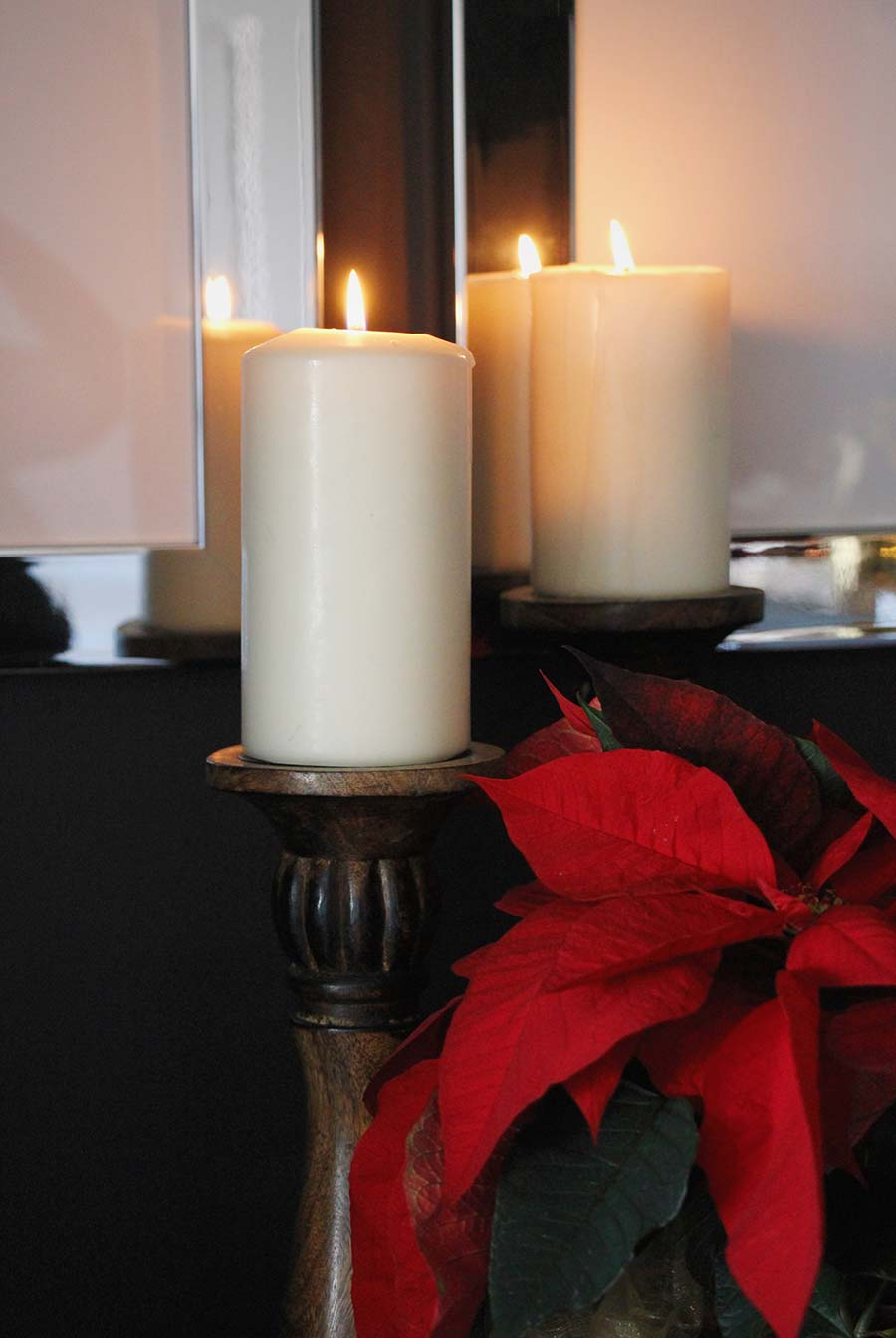 candle-light-christmas-decor.jpg