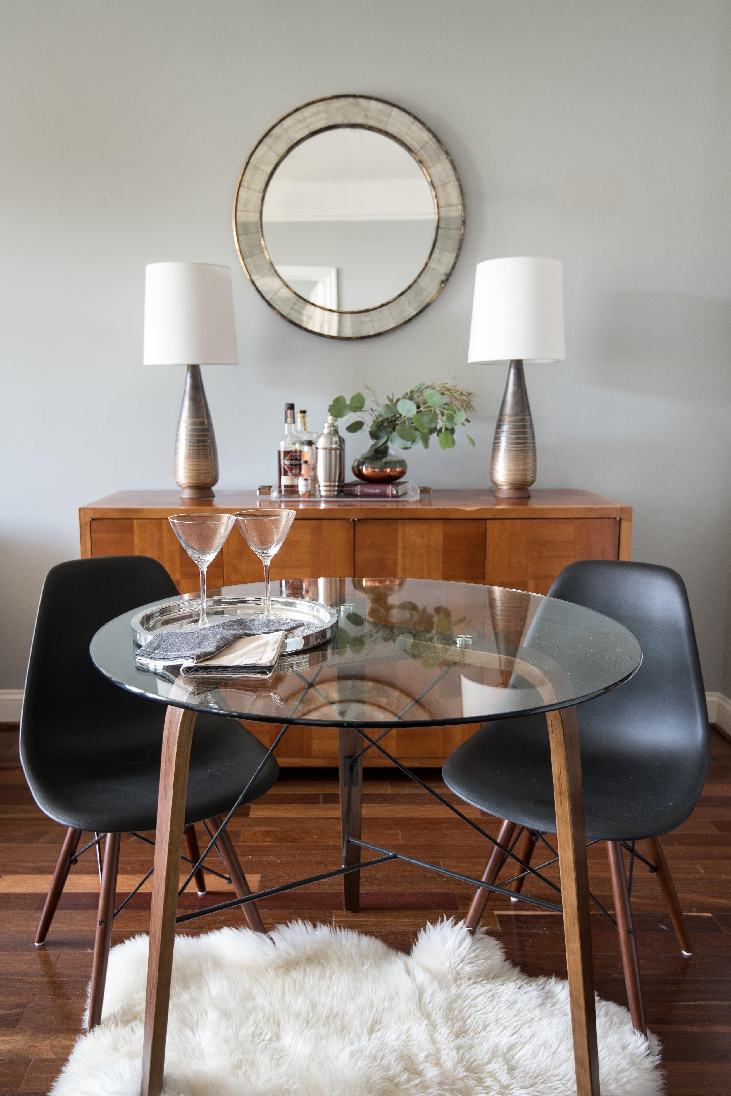 mariella-cruzado-splendor-styling-small-dining-room