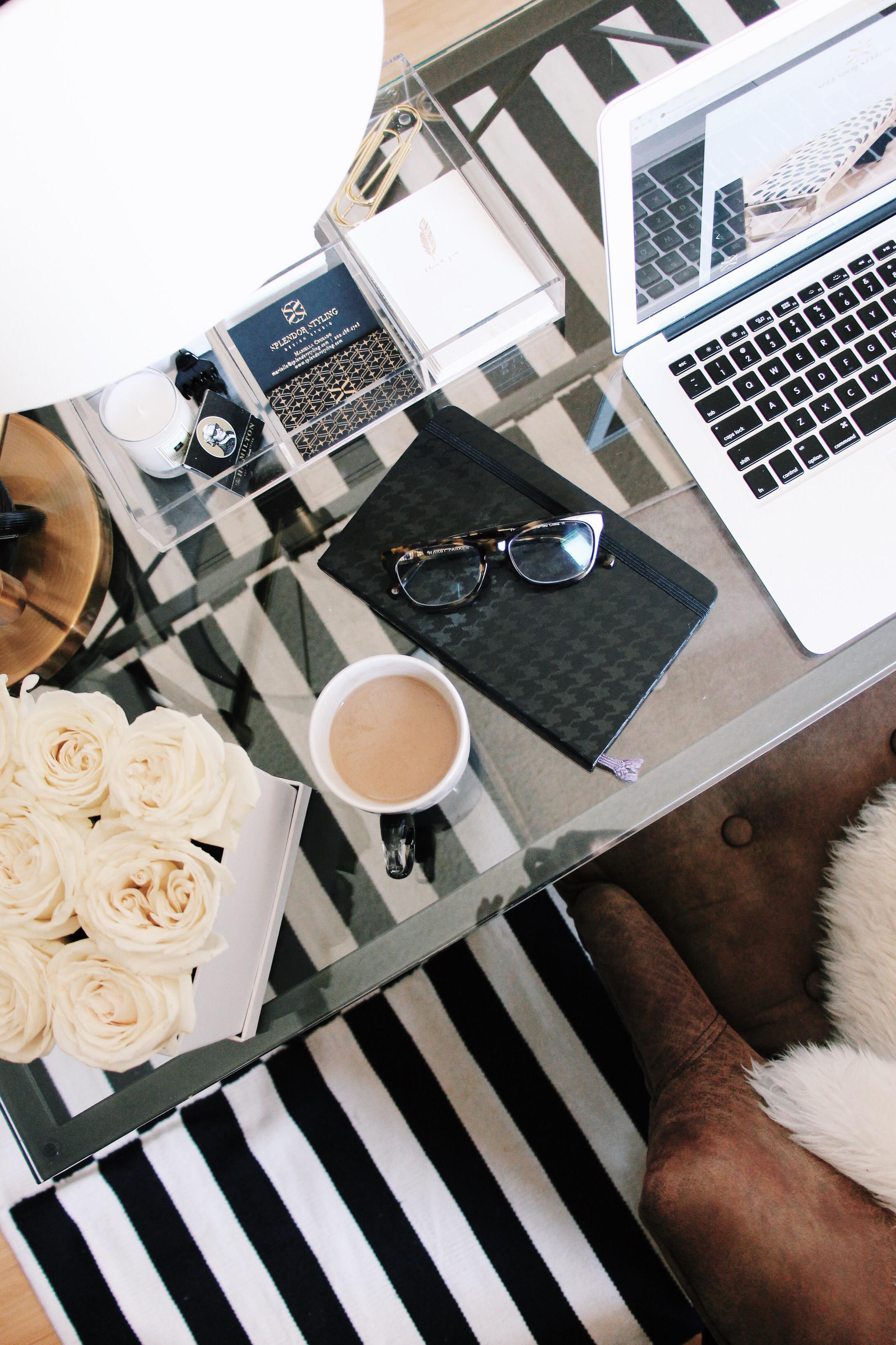 desk-decoration-photography-product-styling-splendor-styling-mariella-cruzado-washington-dc.jpeg