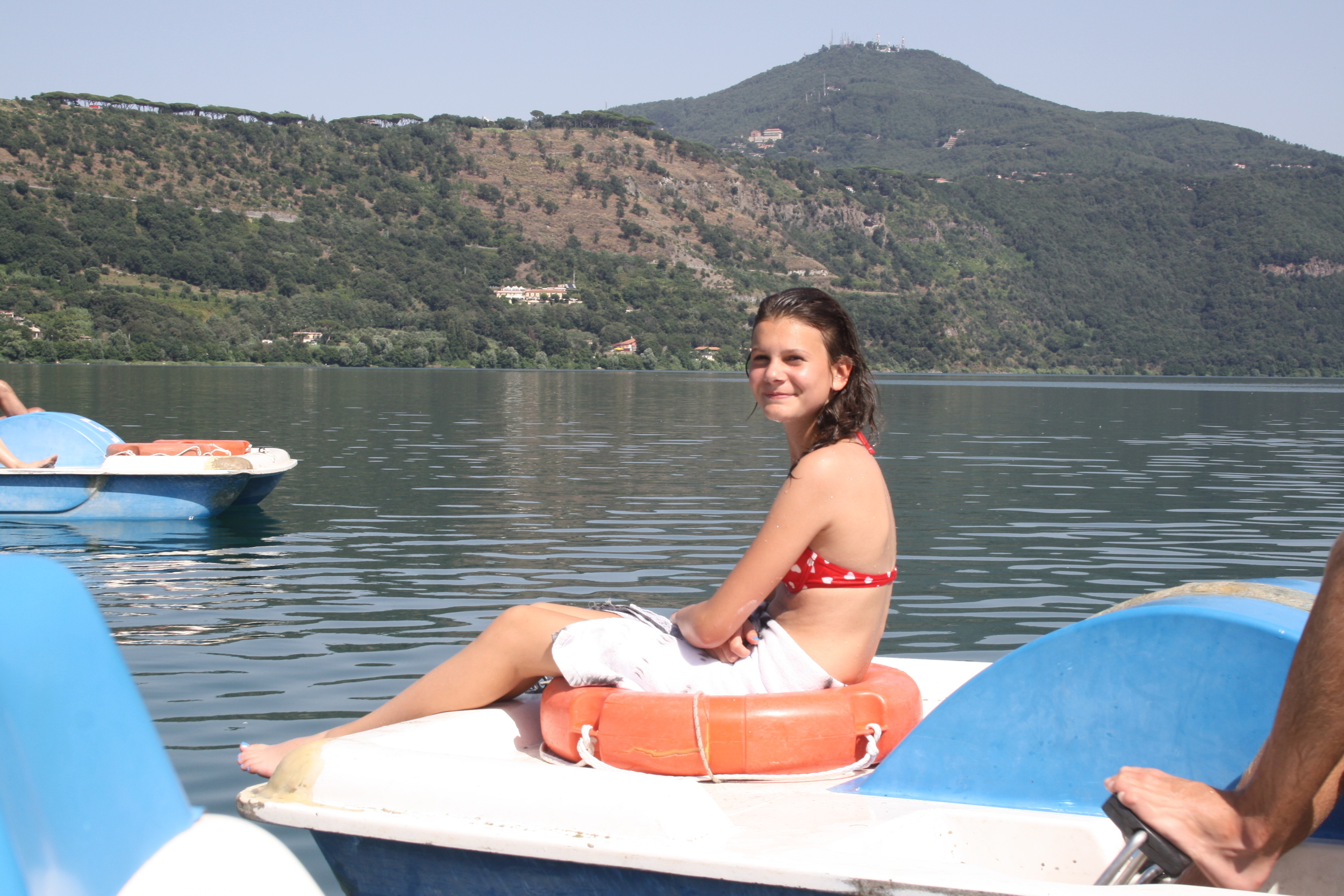 LAKE ALBANO   The neighbor lake is at Castel Gondolfo. The lake is even larger than the Nemi Lake and significantly more developed with beach facilities. You can rent canoes, kayaks, water bikes etc. There are many bars and restaurants in the area.