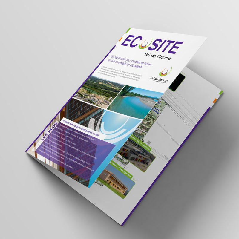 Bifold-Brochure-Mockup-Chemise-01.jpg