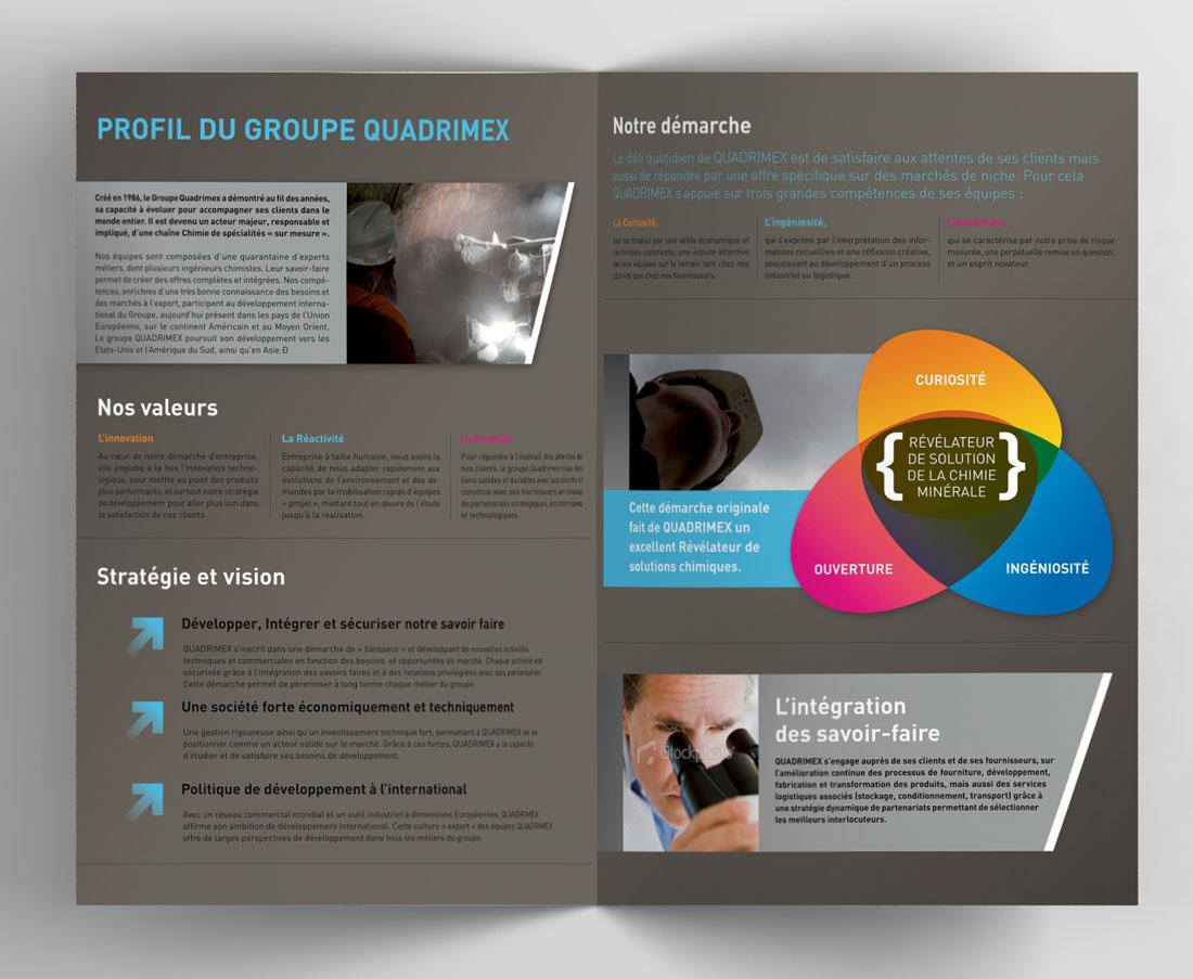 Bifold-Brochure-Mockup02.jpg