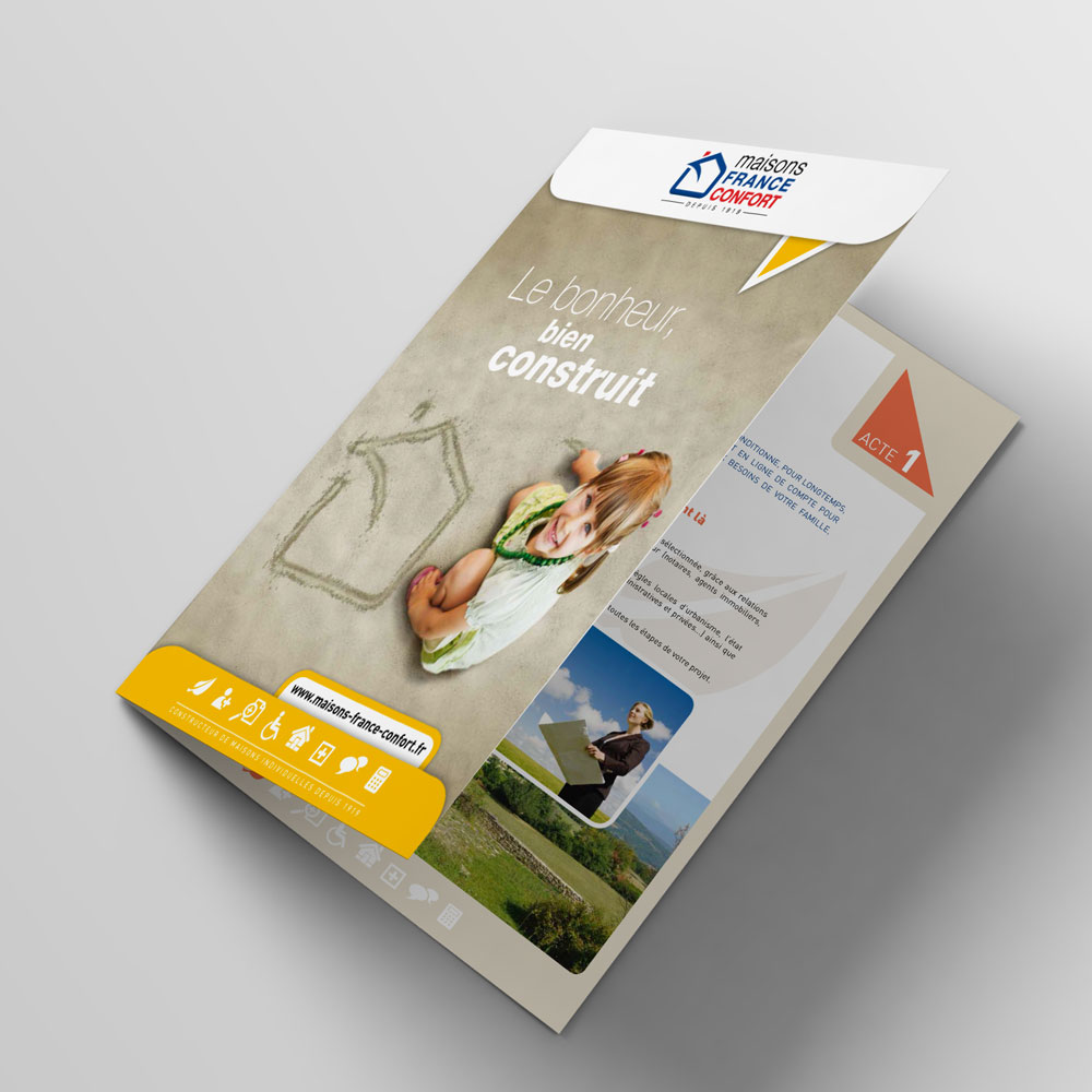 Bifold-Brochure-Mockup-catalogue-02.jpg