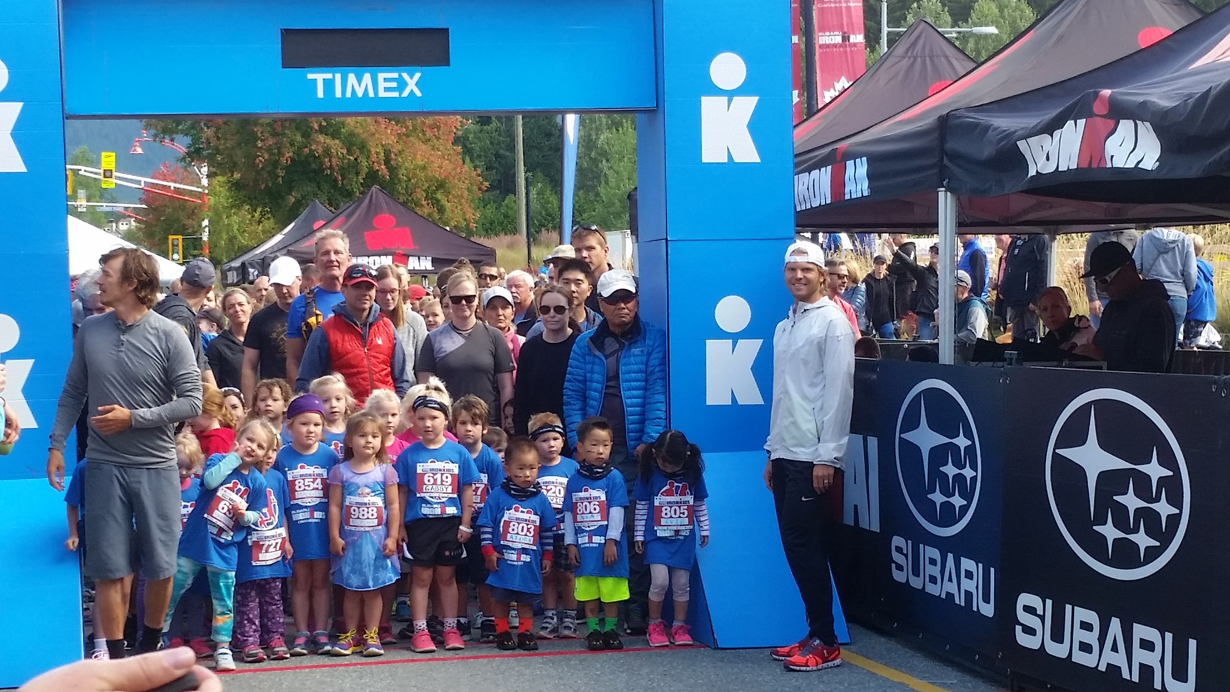 Saturday morning I helped out with the Ironkids run. More than 500 kids participated. Always great energy here.