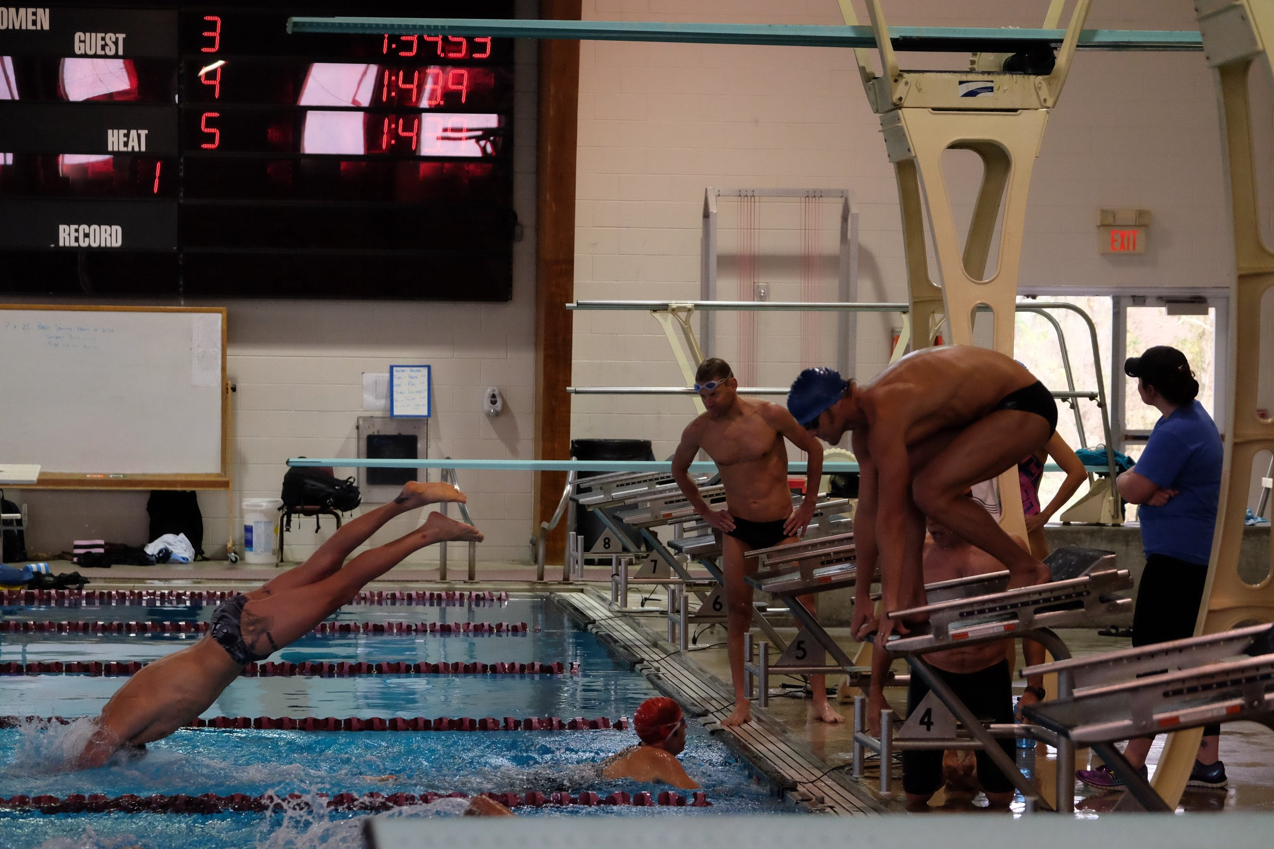 Running the anchor leg of the 200 yd relay.